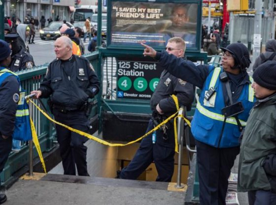 MTA worker dies after falling on subway tracks in Harlem
